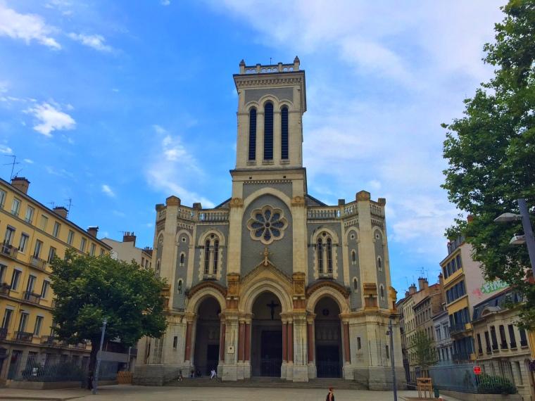 Saint-Etienne-Place-Jean-Jaures